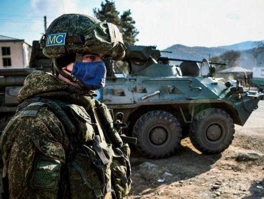Как к российским миротворцам армянские войска проникли