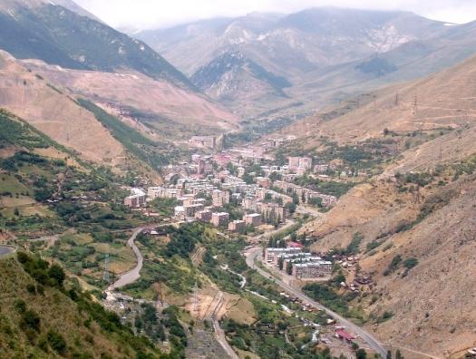 В ответ на Карабах Армения получит Зангезур. Лучше вовремя образумиться...