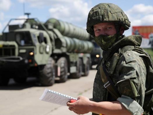 Россия подтянула войска к границе Афганистана: на Бога надейся, а верблюда все-таки привязывай