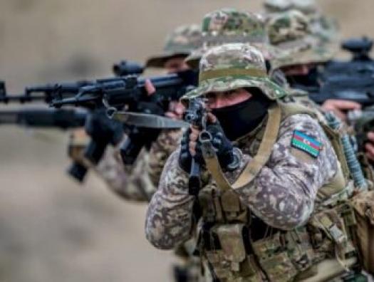 Перестрелка между азербайджанскими солдатами или переброска элитных частей из Баку?