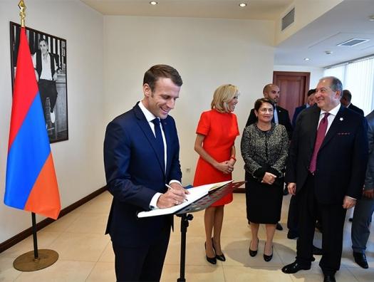 Макрон готовится перенести Елисейский дворец в Ереван