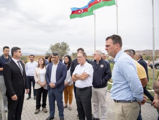Группа американских генералов с губернатором США выехали из Баку в Зангезур