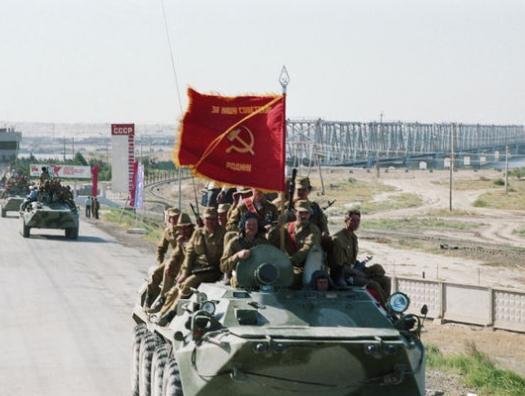 Советские войска просто ушли, американцы позорно бежали