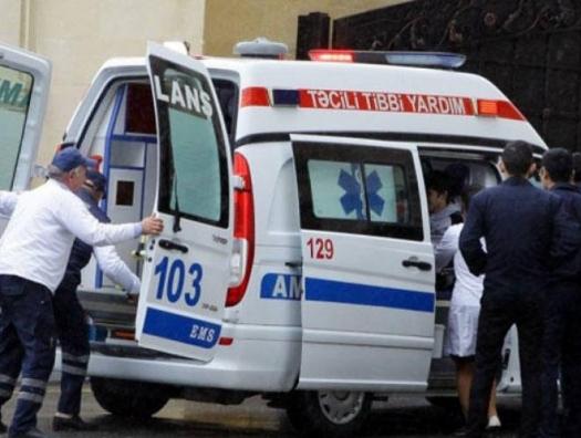 """Правительство ответило на запрос haqqin.az: почему кареты """"Скорой помощи"""" так поздно приезжают домой к инфицированным?"""
