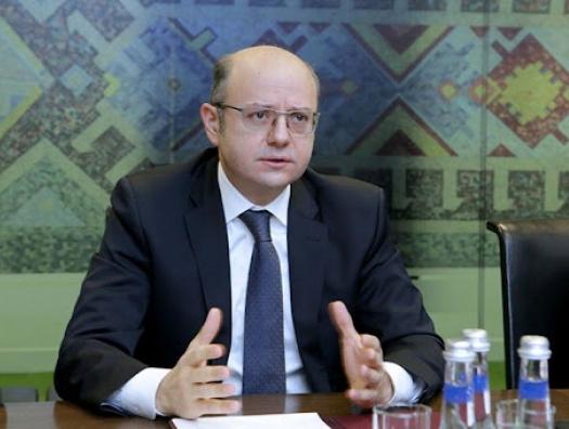 Министр Шахбазов против необдуманной ставки на ВИЭ