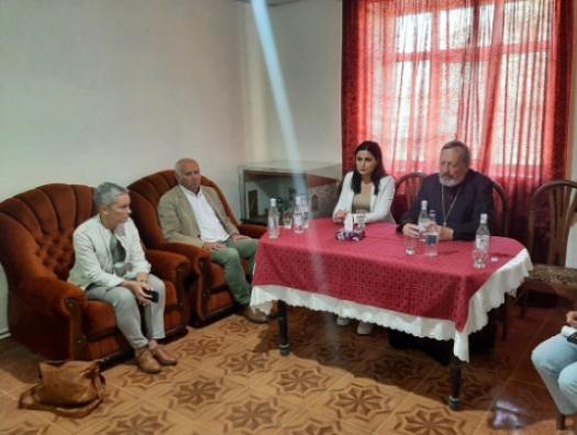 Еще несколько французов приехали к армянам в Карабах