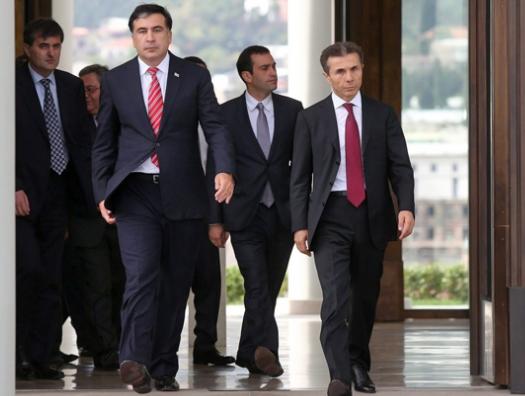 Грузия снова перед выбором, как и 10 лет назад: Саакашвили или Иванишвили?