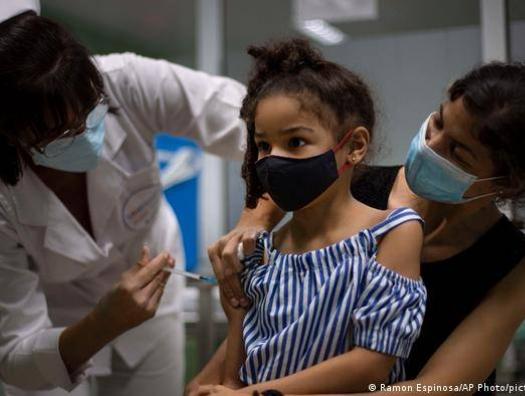 Вакцинировать ли азербайджанских детей? В редакции haqqin.az специалист из Израиля столкнулся с главным инфекционистом Азербайджана