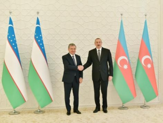Алиев Мирзиёеву: Уважение к вам как к истинному лидеру