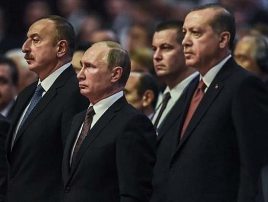 Мастерство Алиева: взять и скрепить интересы России и Турции