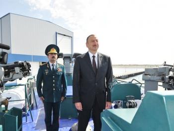 С помощью Запада Алиев берет под контроль Каспий (российские СМИ)