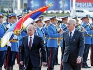 Теперь Путин загоняет Сербию
