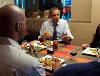 Президент, УОТОРЫЙ ЕК знает, что ему делать (наша аналитика)