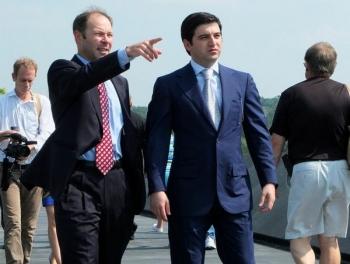 Сын министра захватил «Ланс»: новая олигархическая война