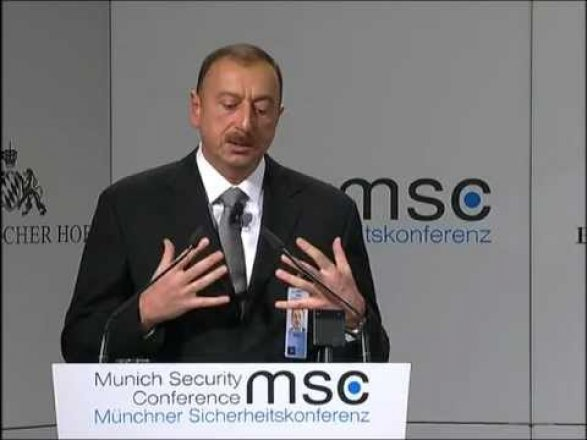 Ильхам Алиев ответил армянину:
