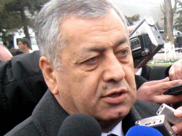 Вахид Ахмедов: «Эльман Рустамов обанкротил банки и обманул азербайджанский народ»