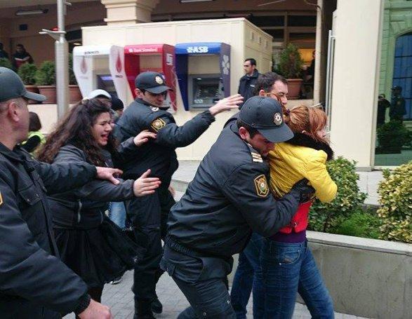 Митинг в центре Баку + реакция МВД