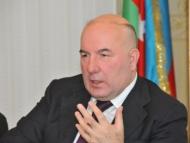 Эльман Рустамов спасает платежный баланс и Нефтефонд