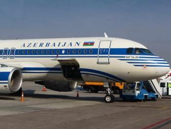 Сколько стоит глоток воды в самолете AZAL?