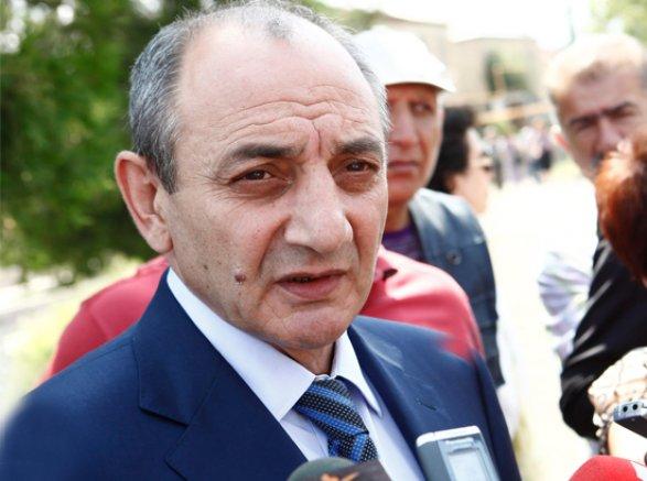 «Россия оказывает военную помощь Карабаху»