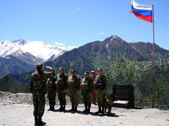 Картинки по запросу российские погранцы на границе армении и ирана