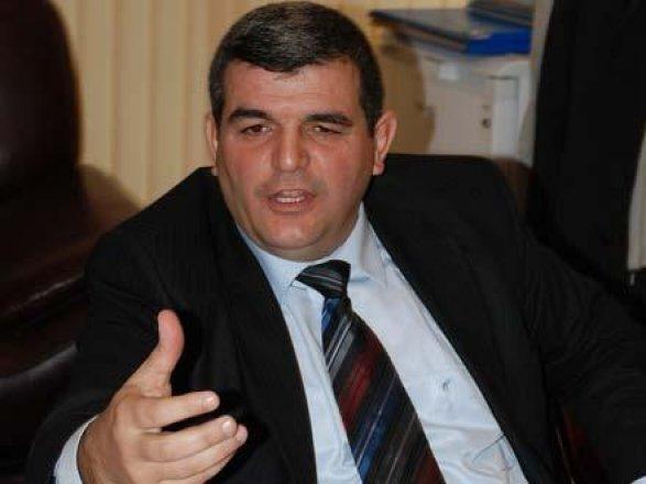 Депутат Фазиль Мустафа: «Не нашлось мужчины, который бы защитил Расулзаде?»
